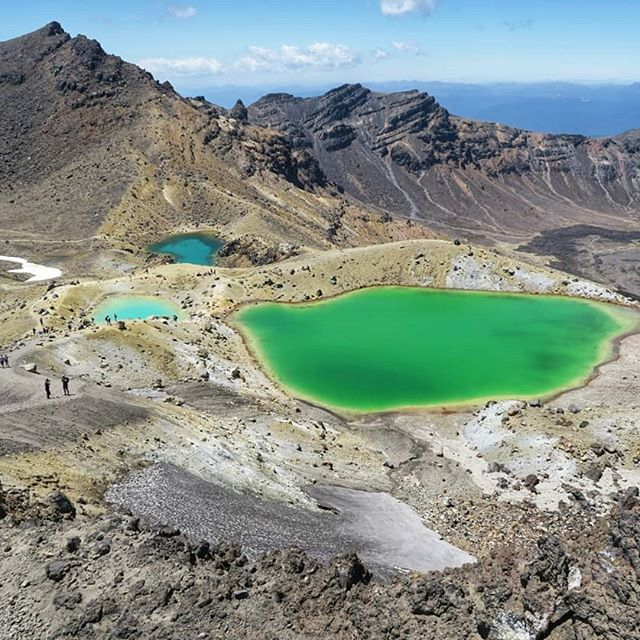 photo of  Tongariro Alpine Crossing, New zealand