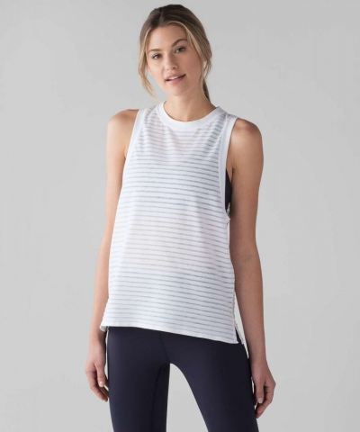 Lululemon Uncovered Muscle Tank - Camping outfit