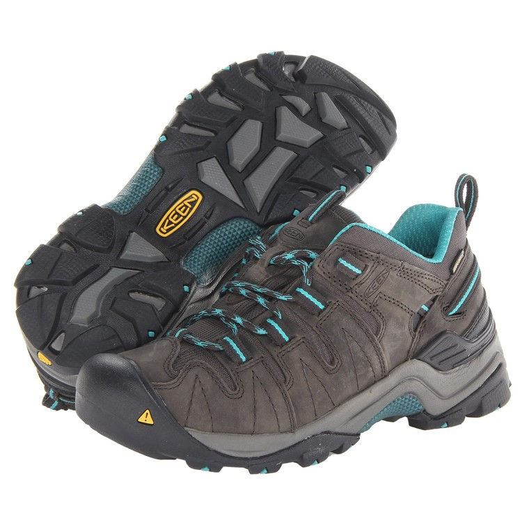 Keen Women's Gypsum Ox Waterproof Shoes Raven & Baltic - Camping outfit